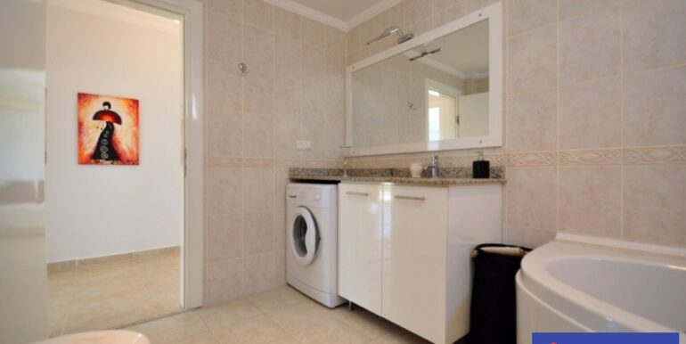 2 Bedroom flat for sale in Alanya Turkey 89.500 Euro 7