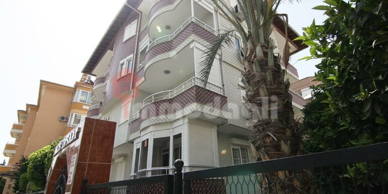 3 Rooms apartment for sale in Alanya Turkey 1
