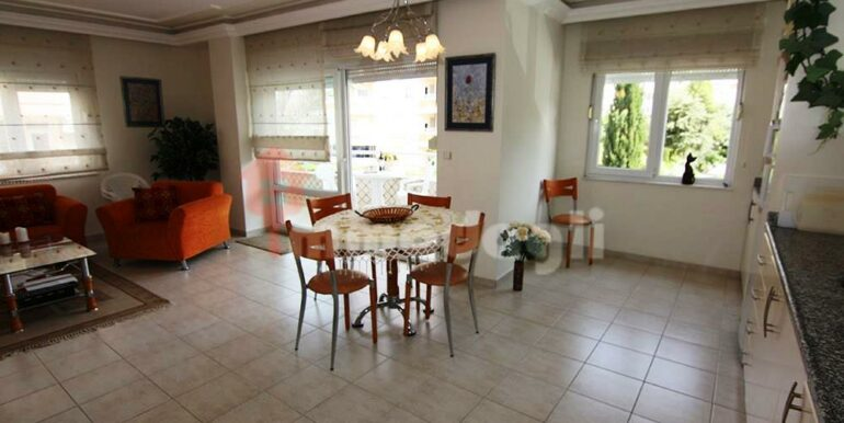 3 Rooms apartment for sale in Alanya Turkey 14