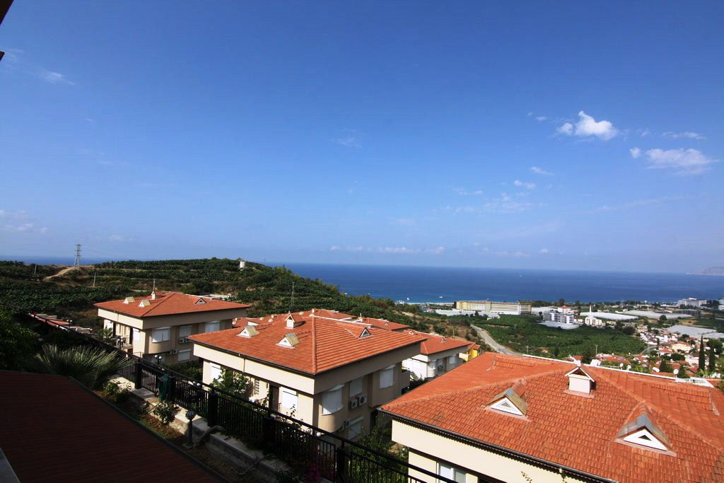 75.000 Euro 4 Rooms Penthouse apartment for sale