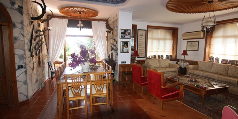 1100000 Euro Villa For Sale in Alanya 4