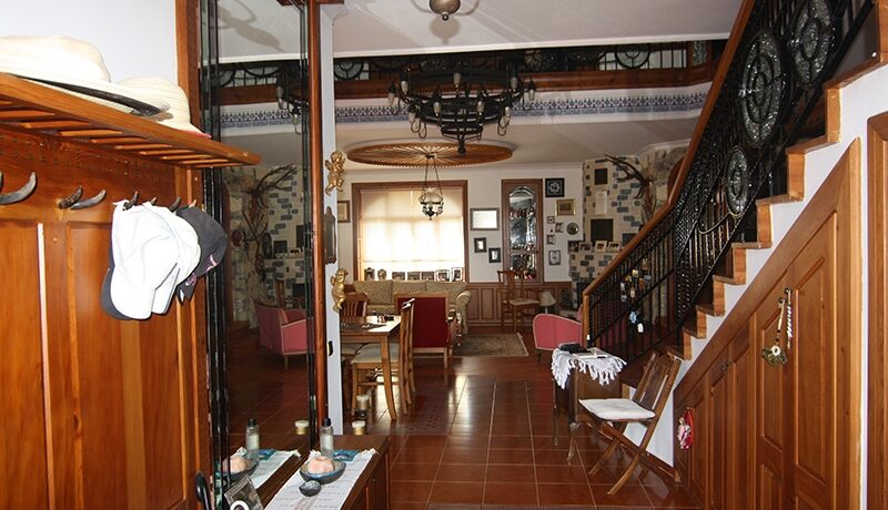 1100000 Euro Villa For Sale in Alanya 14
