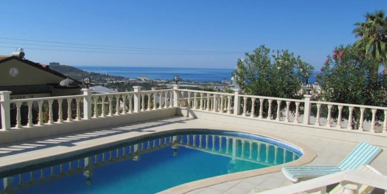 115000 Euro Sea View Villa for Sale in Alanya 2