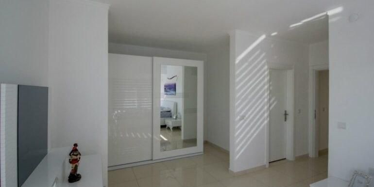 119000 Euro Penthouse For Sale in Alanya 7