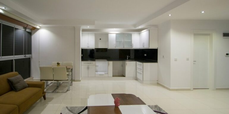 119000 Euro Penthouse For Sale in Alanya 11