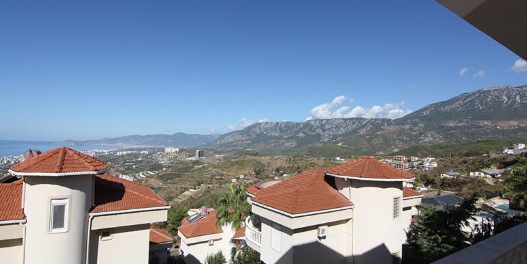 125000 Euro Villa For Sale in Alanya 1