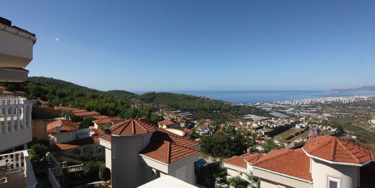 125000 Euro Villa For Sale in Alanya 4