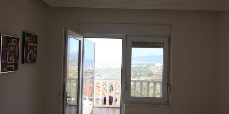 125000 Euro Villa For Sale in Alanya 27