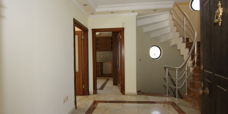 129000 Euro Beachfront Villa For Sale in Alanya Kestel 5