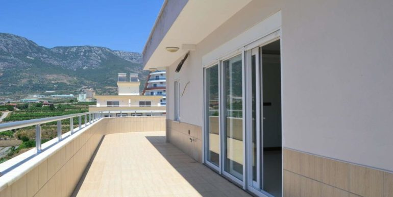 129000 Euro Penthouse For Sale in Alanya 3