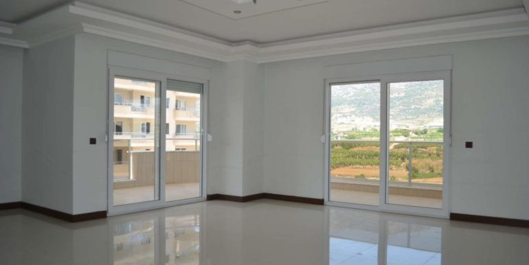 129000 Euro Penthouse For Sale in Alanya 8