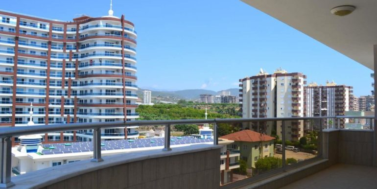 129000 Euro Penthouse For Sale in Alanya 11