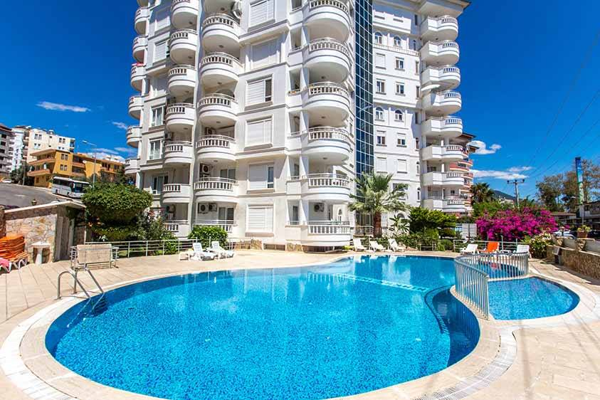 129900 Euro Penthouse For Sale in Alanya Tosmur