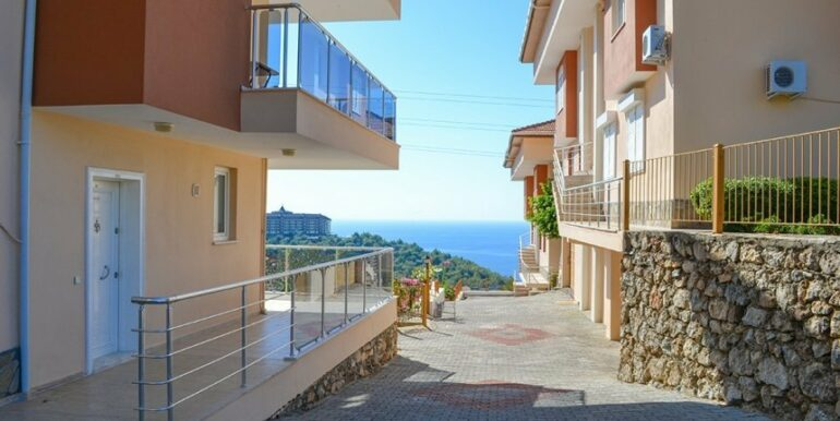 135000 Euro Penthouse For Sale in Alanya 22