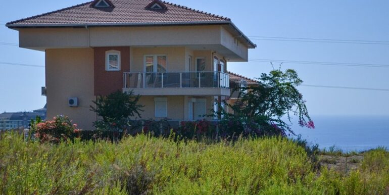 135000 Euro Penthouse For Sale in Alanya 23