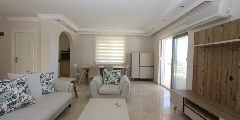 135000 Euro Sea View Villa For Sale in Alanya Kargıcak 8
