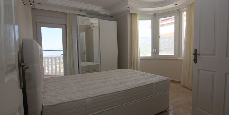 135000 Euro Sea View Villa For Sale in Alanya Kargıcak 13