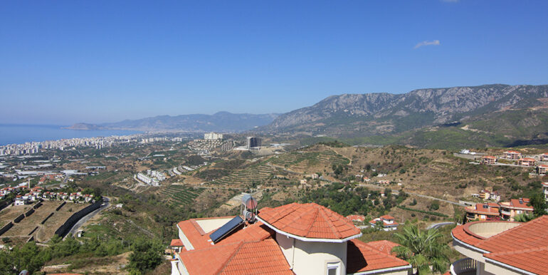 135000 Euro Sea View Villa For Sale in Alanya Kargıcak 24