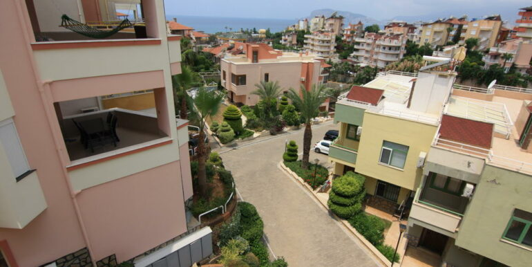 139000 Euro Beachfront Villa For Sale in Alanya 5