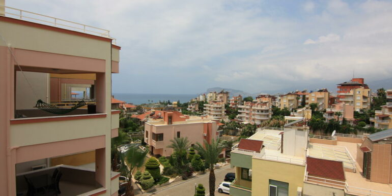 139000 Euro Beachfront Villa For Sale in Alanya 6