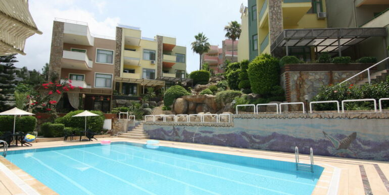 139000 Euro Beachfront Villa For Sale in Alanya 7