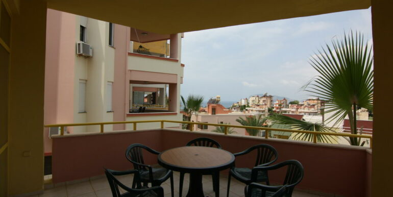 139000 Euro Beachfront Villa For Sale in Alanya 8