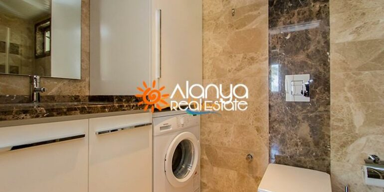 149000 Euro Sea View Penthouse For Sale in Alanya 10