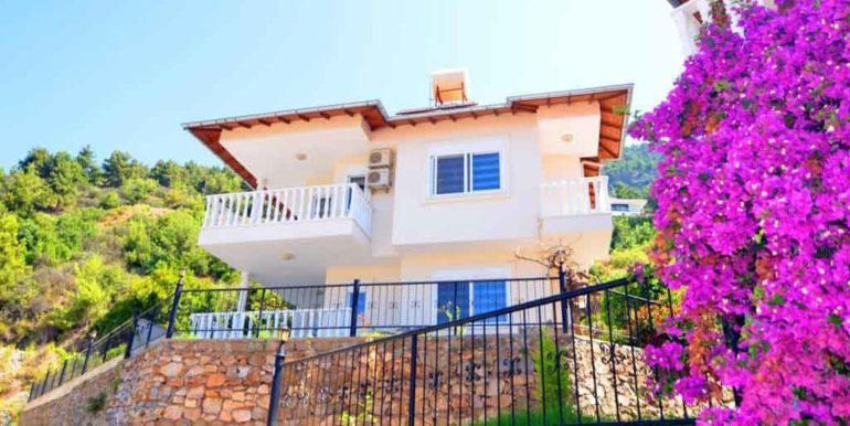 149000 Euro Sea View Villa te koop in Alanya 2