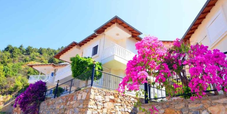 149000 Euro Sea View Villa te koop in Alanya 3