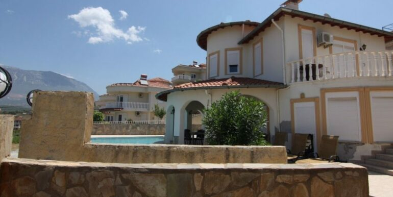 149000 Euro Villa For Sale in Alanya 1