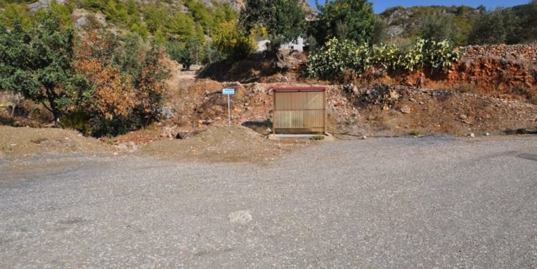 150000 Euro Plot With House For Sale in Alanya Demirtas 3