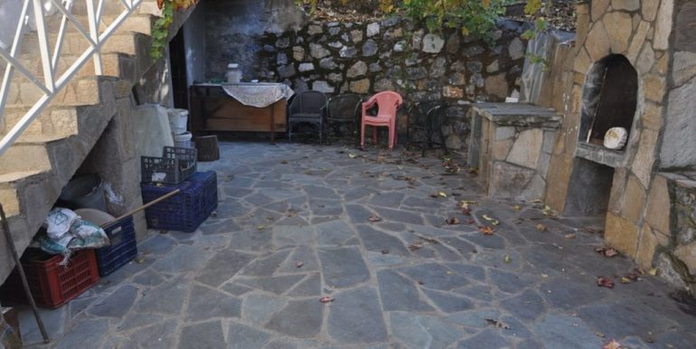 150000 Euro Plot With House For Sale in Alanya Demirtas 12