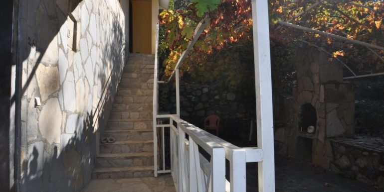 150000 Euro Plot With House For Sale in Alanya Demirtas 13