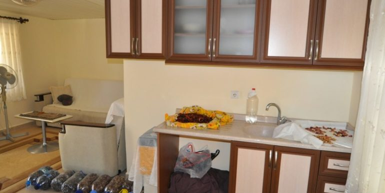 150000 Euro Plot With House For Sale in Alanya Demirtas 18