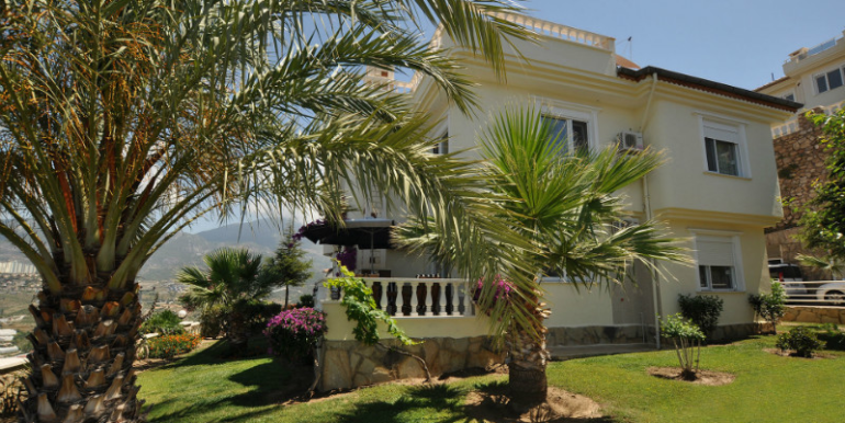 157000 Euro Villa For Sale in Alanya 1