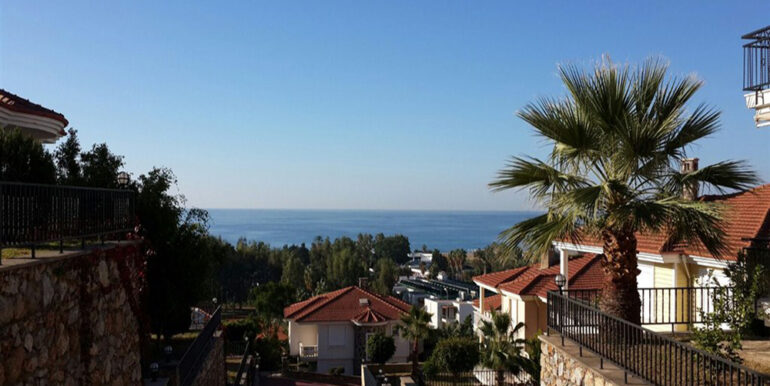 159000 euro Beachfront Villa te koop in Alanya 10