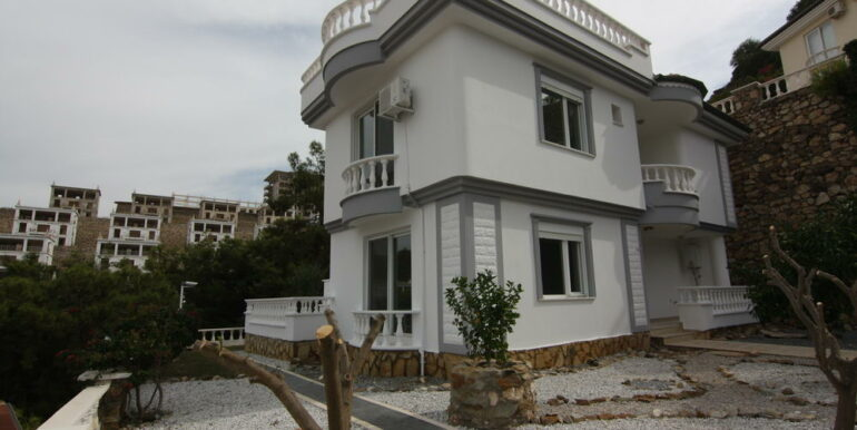 159000 Euro Sea View Villa For Sale in Alanya 1