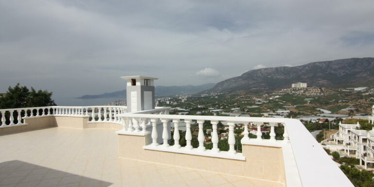 159000 Euro Sea View Villa For Sale in Alanya 2