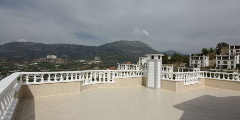 159000 Euro Sea View Villa For Sale in Alanya 3