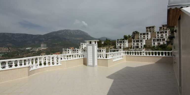 159000 Euro Sea View Villa For Sale in Alanya 4