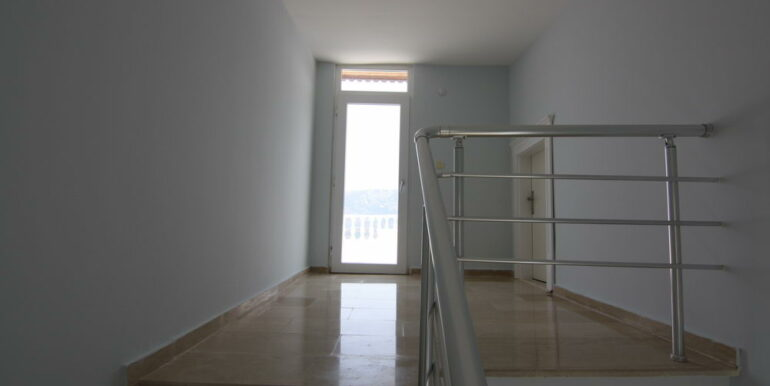 159000 Euro Sea View Villa For Sale in Alanya 9