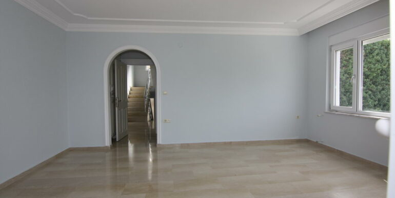 159000 Euro Sea View Villa For Sale in Alanya 11