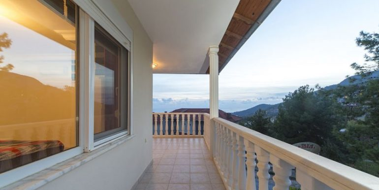 159000 Euro Sea View Villa for Sale in Alanya 30