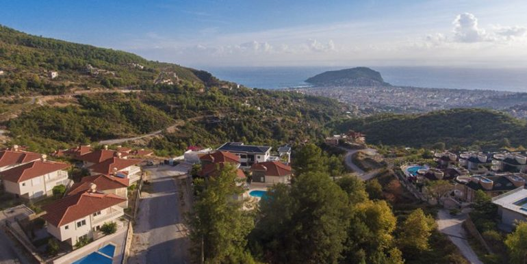 159000 Euro Sea View Villa for Sale in Alanya 35