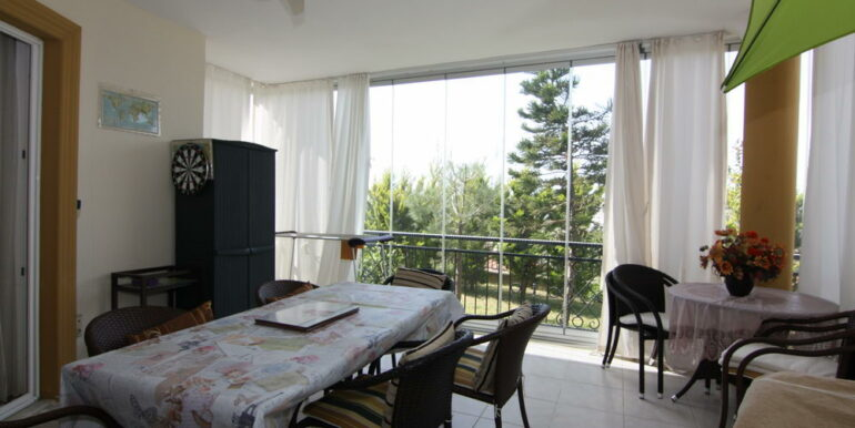 165000 Euro Beachfront Villa For Sale in Alanya 4