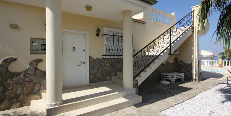 175000 Euro Villa For Sale in Alanya 3