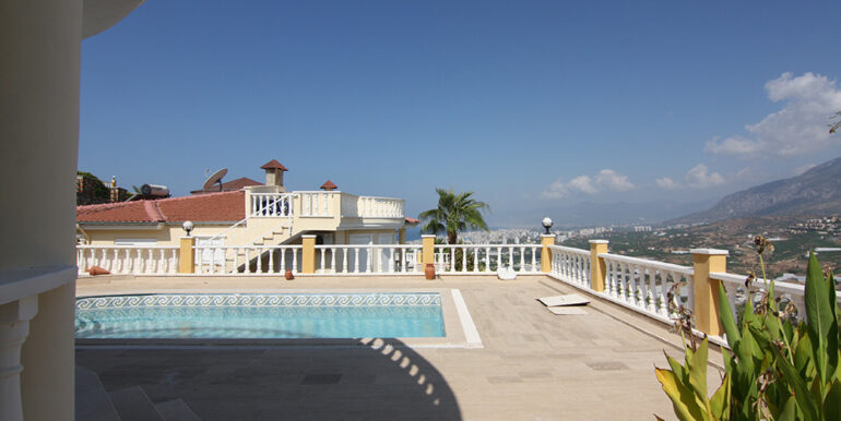 175000 Euro Villa For Sale in Alanya 15