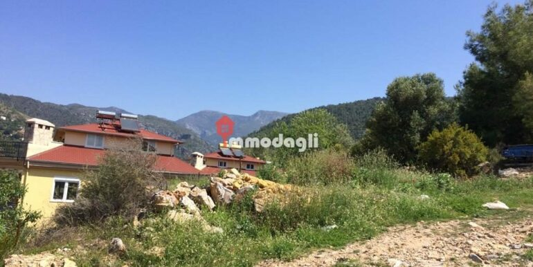 192000 Euro Plot For Sale in Alanya Oba 10