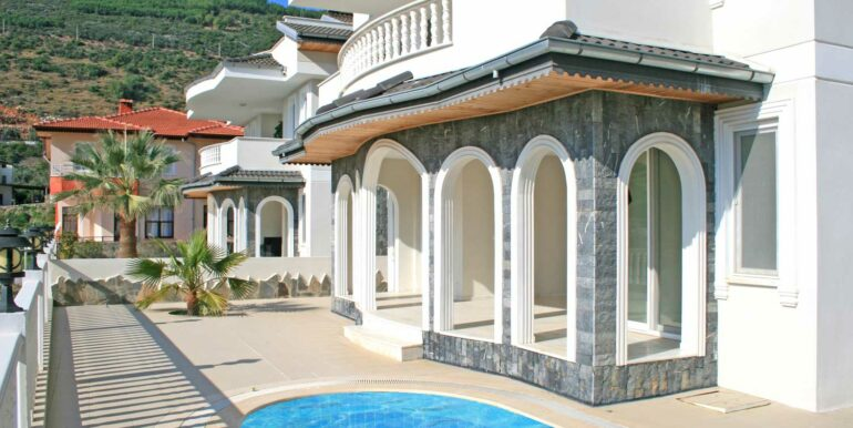 199000 Euro Sea View Villa For Sale in Alanya Tepe 8