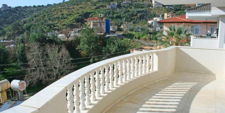 199000 Euro Sea View Villa For Sale in Alanya Tepe 12